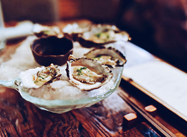 An image of the freshest Sydney Rock Oysters from Sydney Fish Market as seen on your Sydney foodie private tour